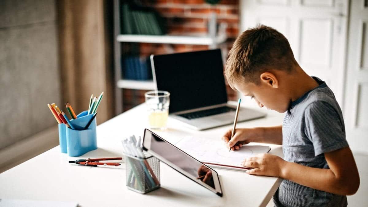 Crear una zona de estudios en casa
