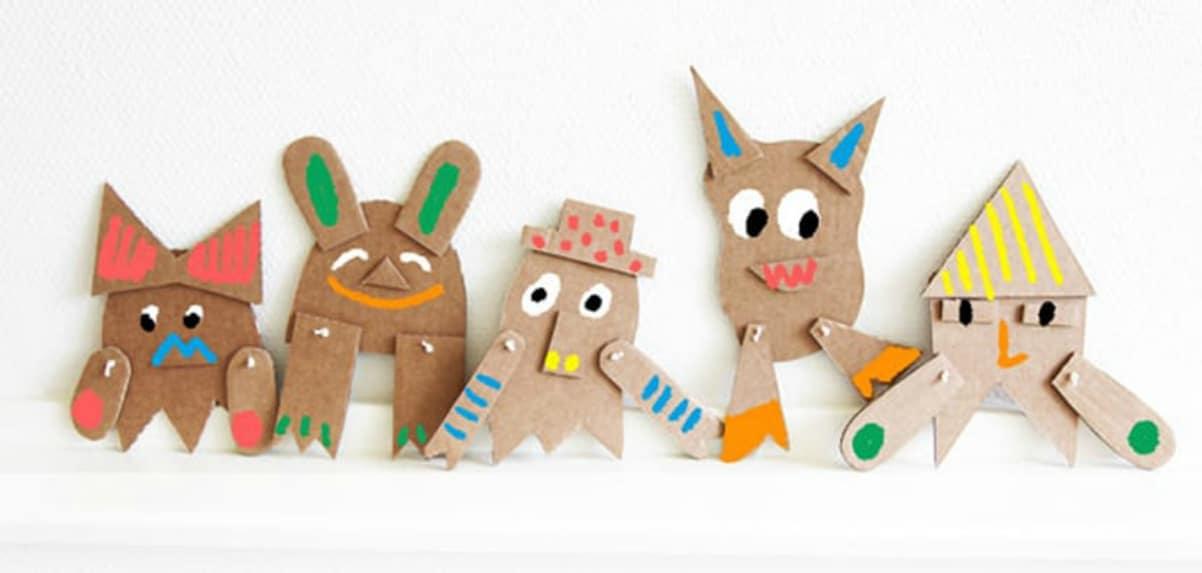 Marionetas de cartón