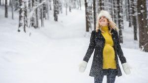 Vestir durante el embarazo en invierno