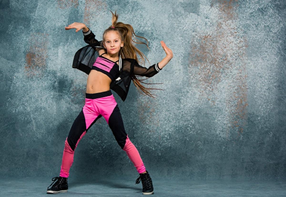 Cómo enseñar a mi hijo a bailar