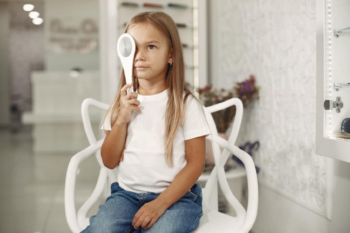 Primera revisión ocular en niños