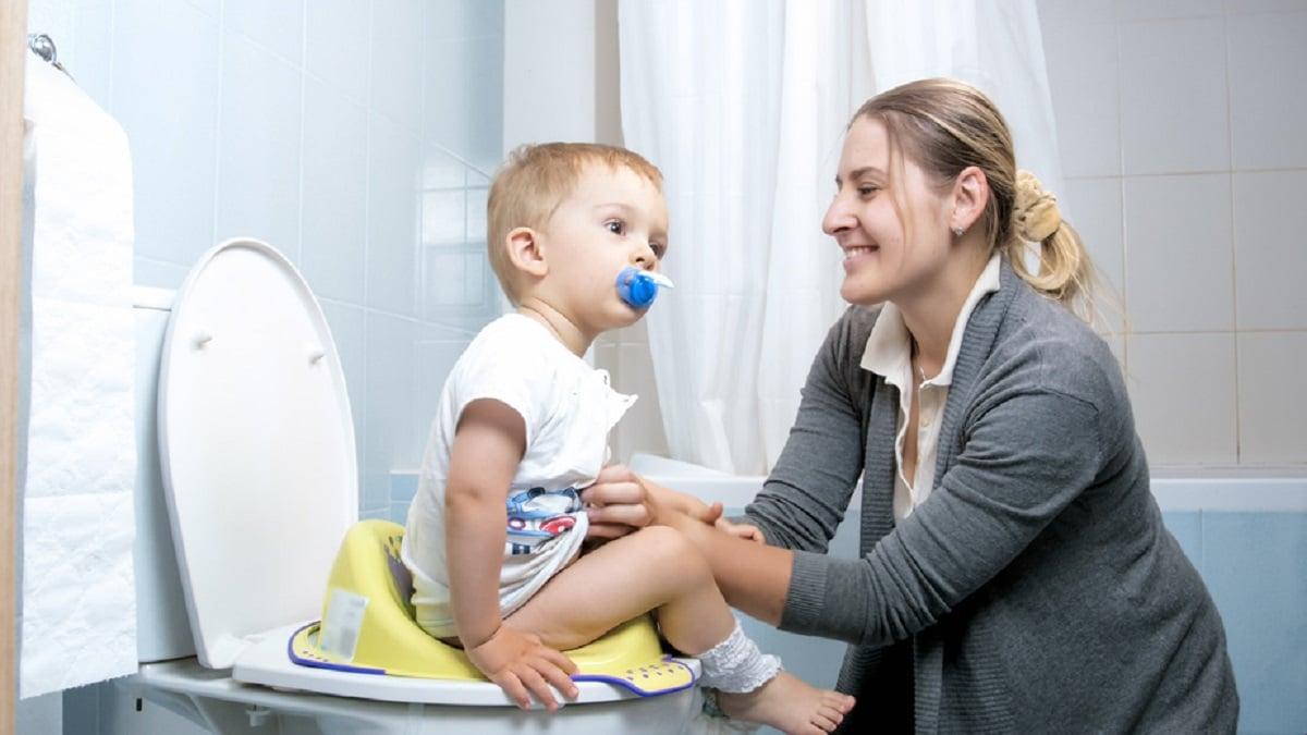 Enseñar a un niño con autismo a ir al baño