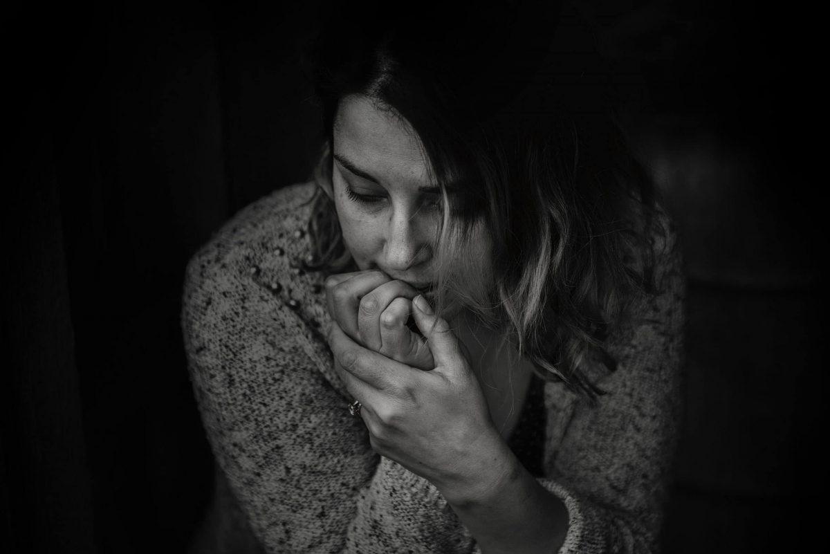 ¿Por qué mi hijo adolescente se come las uñas?