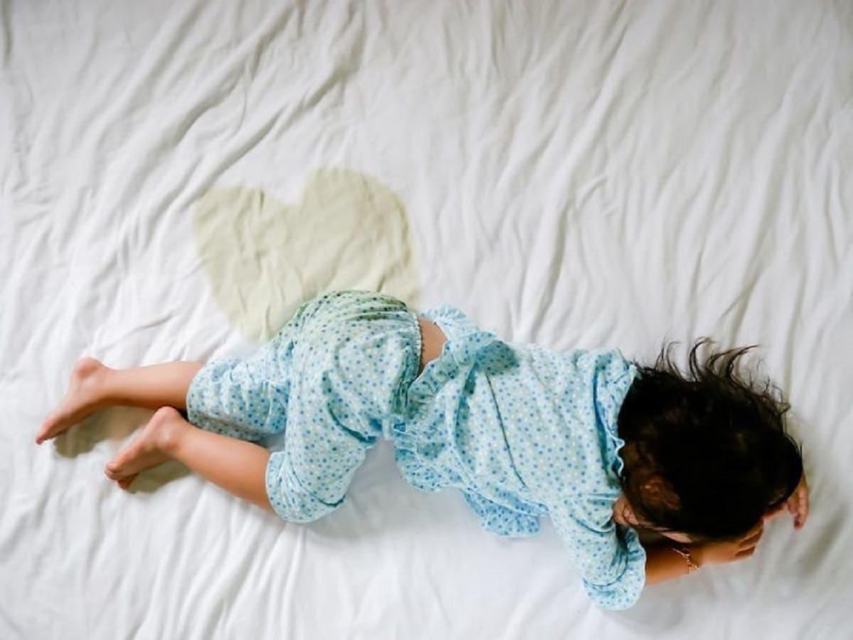 Mi hijo se orina en la cama