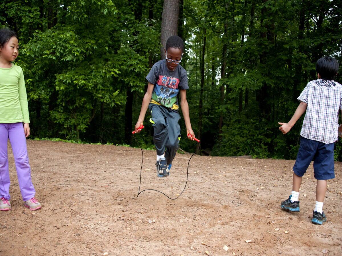 Saltar a la cuerda o comba