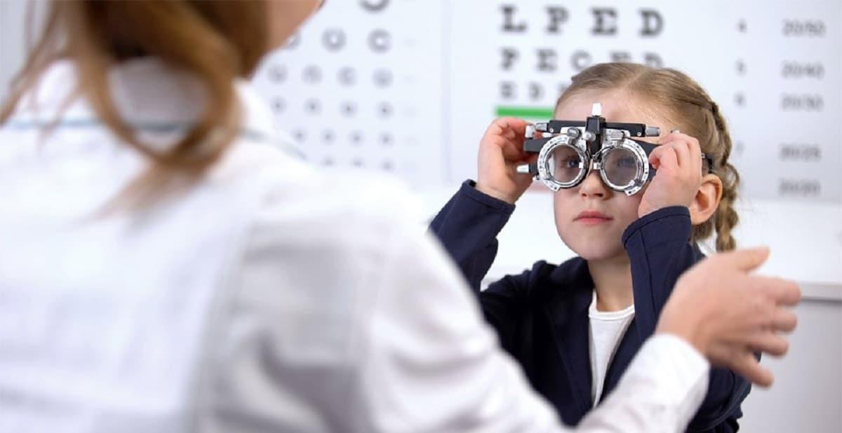 Revisión oftalmológica en los niños