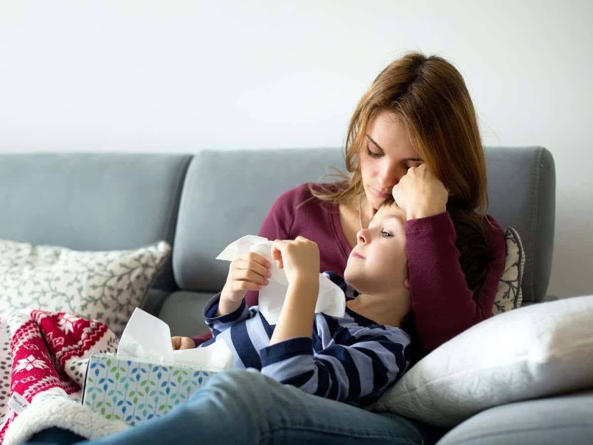 Cuidar de mi hijo teniendo coronavirus
