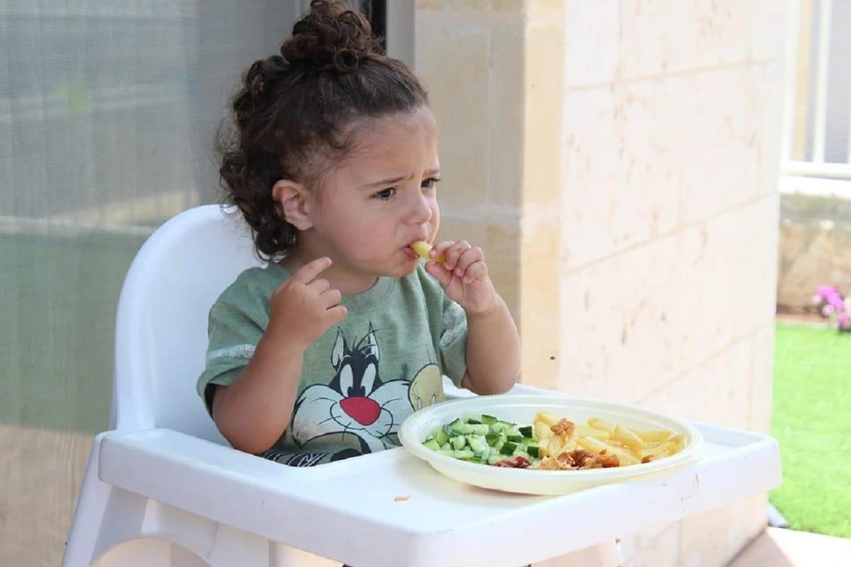Enseñar a los niños a comer verduras
