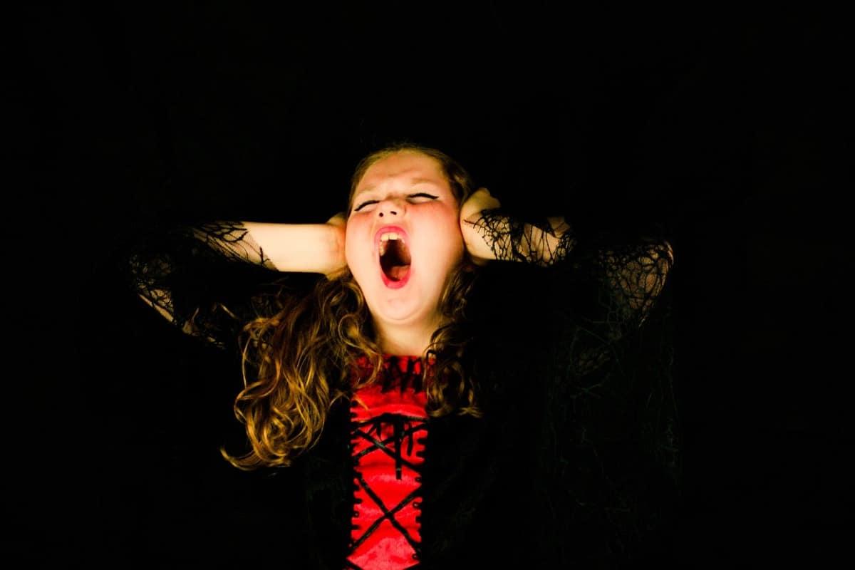 niña ataque de ira