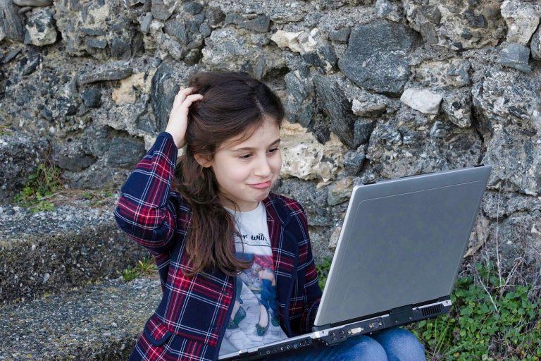 Qué hacer para que mis hijos no vean páginas prohibidas