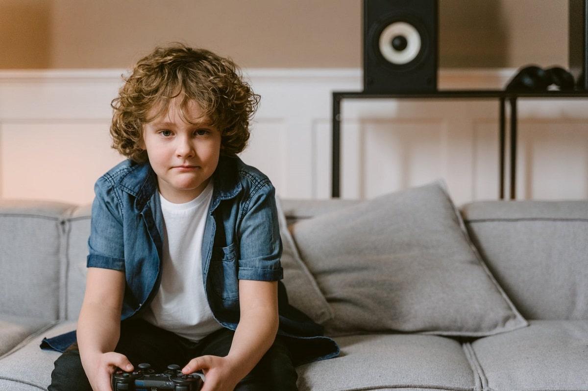 Hijo adicto a los videojuegos