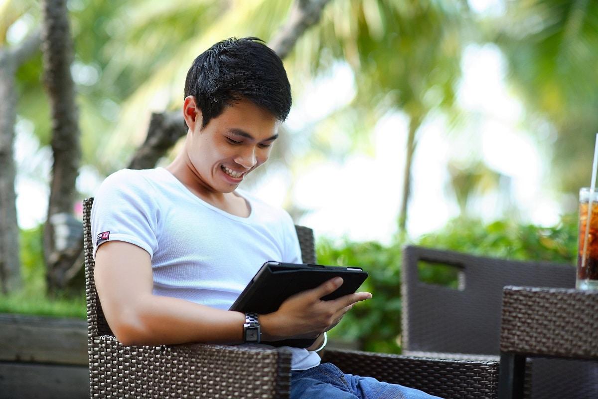 Qué es lo que más hacen los adolescentes en internet