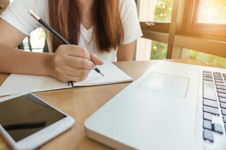 Enseñar a un niño a estudiar