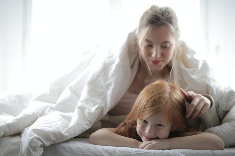 Por que los niños quieren dormir con los padres